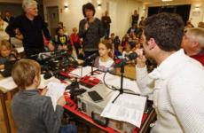 À Boos, les écoliers apprennent les rouages de l'animation radio